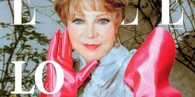 Lolita Ayala aparece en la portada de la revista