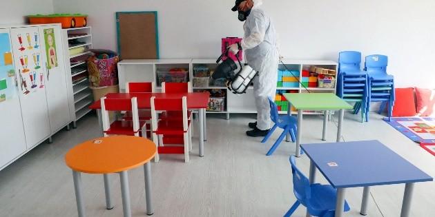 """Escuelas abrirán cuando """"riesgo de contagio sea bajo"""""""