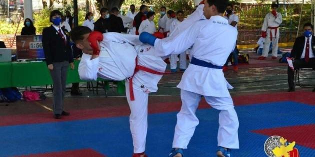 Con filtros sanitarios y al aire libre, así volvió el karate de Jalisco