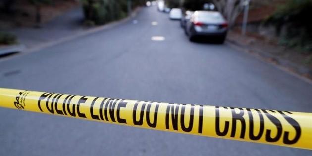 Hombres piden una sierra a vecino para deshacerse de cadáver, en Francia
