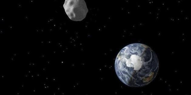 El asteroide Apophis pasará este viernes muy cerca de la Tierra