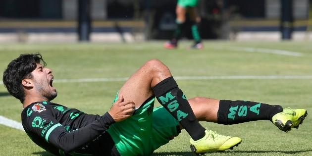 Jugador de Santos Sub-20 sufre escalofriante lesión