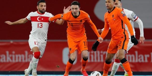 Holanda cae ante Turquía en inicio de eliminatorias europeas a Qatar 2022