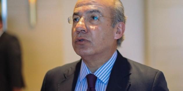 Calderón revive negativa de registro a México Libre