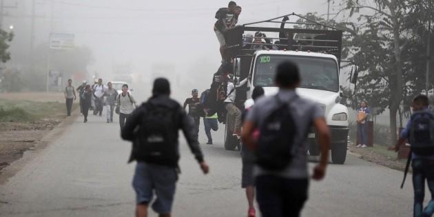 Atacan a balazos camioneta con migrantes centroamericanos en Chiapas