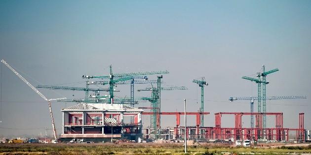 ¿Aeropuerto Felipe Calderón? Renombran Santa Lucía en Google Maps