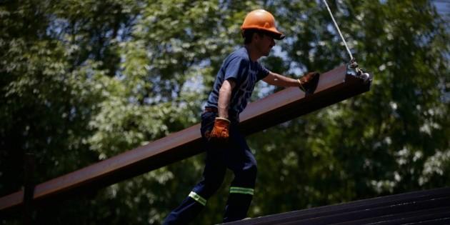 Alza mínima en la economía; Pemex y CFE pierden 72 mil MDP