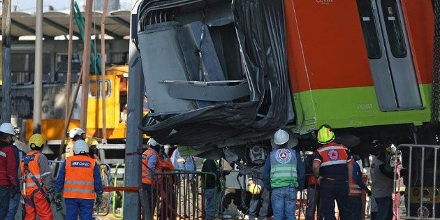 Retiran el último vagón del tren siniestrado de la Línea 12 del Metro