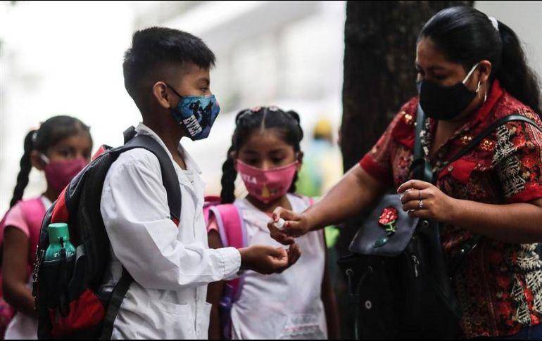 La Autoridad Educativa Federal en la Ciudad de México afirma que monitoreará de manera permanente las escuelas públicas y privadas de educación básica. EFE / ARCHIVO