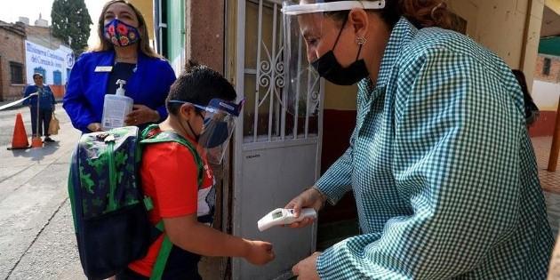 Cierran escuela en Campeche por caso de fiebre en los niños