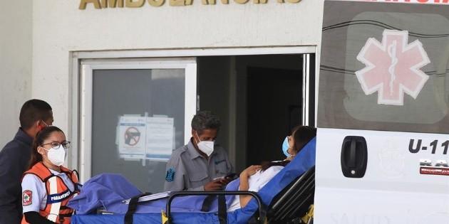 México suma 219 mil 590 muertes y dos millones 371 mil 483 casos de COVID-19