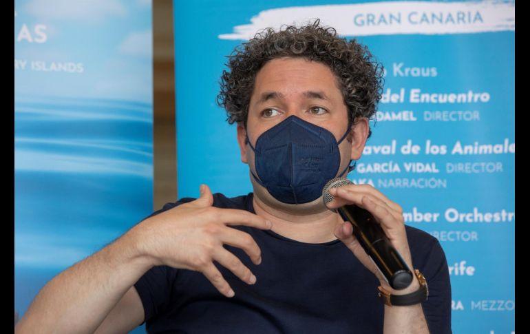 El director de orquesta venezolano Gustavo Dudamel suma a su lista de grandes colaboraciones dos conciertos con Christina Aguilera. EFE/Q. Curbelo