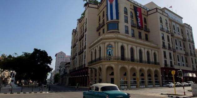 Cuba amanece con control policial y sin Internet móvil tras manifestaciones