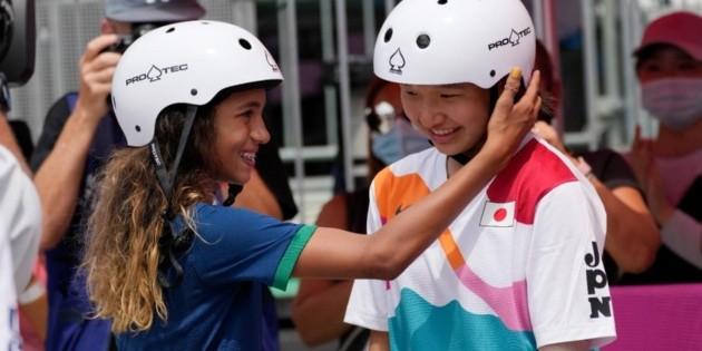 Nishiya de 13 años se convierte en la primera campeona olímpica de la historia del skate