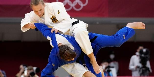Cachetadas a judoca eran parte de un ritual para Juegos Olímpicos