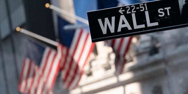 Wall Street cierra mixto y Dow Jones baja un 0.14 %