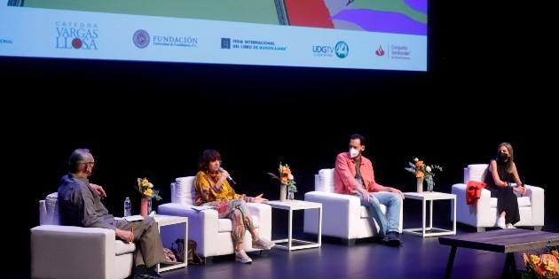 Rosa Montero presente en la IV Bienal Vargas Llosa