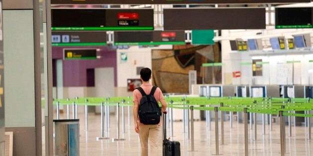 Ilegal, que aerolíneas cobren equipaje de mano: Profeco