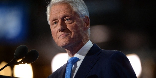Bill Clinton leaves the hospital after his infection