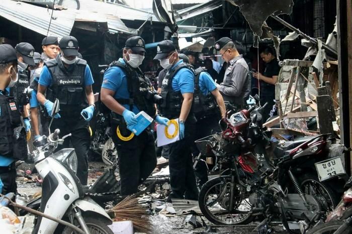 Al menos tres muertos en atentado en mercado de Tailandia